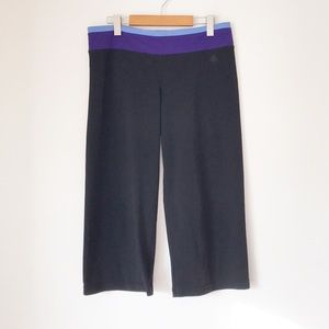 ADIDAS BLACK WORKOUT CAPRIS WITH PURPLE WAIST BAND